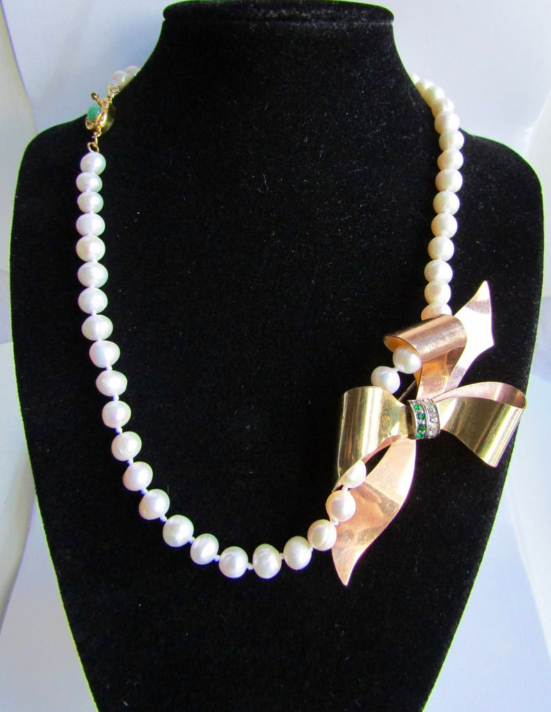 Upcycled 12kt GF Green and White Paste Brooch Pendant Cultured Freshwater Pearl 18kt Gold Plated Jadeite Clasp Necklace