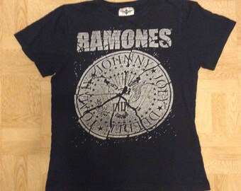 f29b205f77869 Ramones T-shirt Original Lucky boy