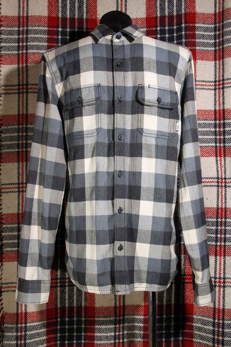 0127015dc3 Plaid Flannel Shirt Vans Grunge Plaid Flannel shirt Vans
