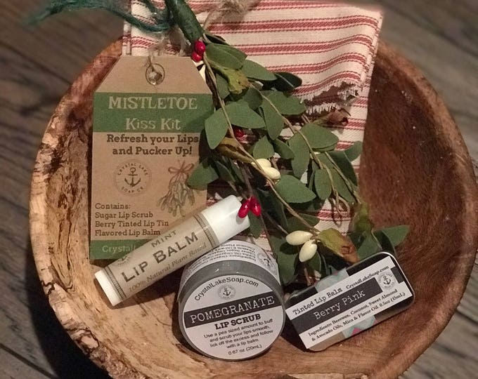 Mistletoe KISS KIT with Pomegranate Lip Scrub, Herbal Mint Lip Balm & Berry Pink Lip Tint in a Vintage inspired Gift Bag with Ornament