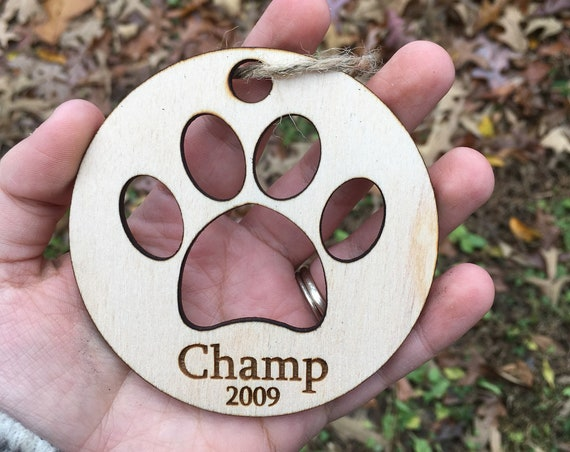 Dog Ornament, Paw Print ornament, Personalized Pet Ornament, Custom Pet ornament, Puppy Ornament, Dog Gift, Gifts under 10, Christmas dog
