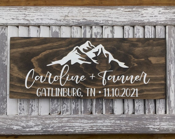 Mountain Eloped Sign - Just Married Wooden Wedding Signs - Engagement Announcement Sign - Wedding Date Location Sign - Wedding Photo Prop