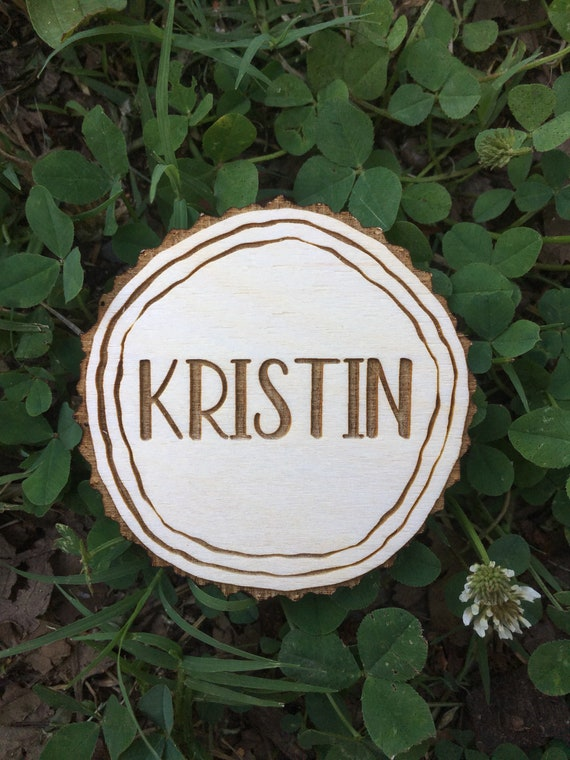 Wood slice look Wedding Name Place Cards - Wood Place Cards - Escort Cards Wood - Wedding Table Settings - Wedding Decor - Personalized Wed