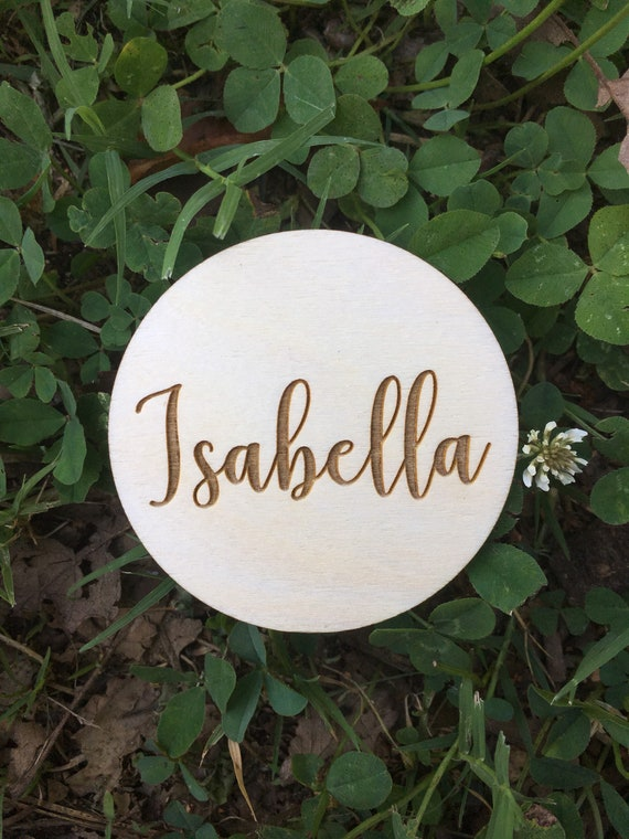 Round Wedding Name Place Cards - Wood Place Cards - Escort Cards Wood - Wedding Table Settings - Wedding Decor - Personalized Wedding Names