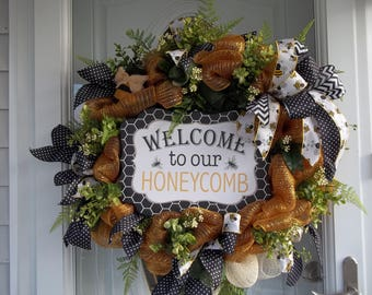 Welcome To Our Honeycomb Mesh Door Wreath Greenery Bow Ribbons Wildflowers Cloth Bee