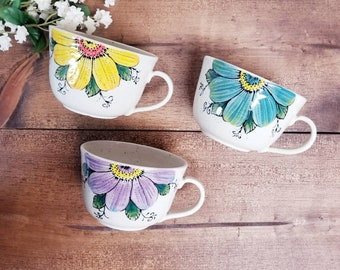 Handmade Ceramic Mug, Flower Design, Wheel Thrown, Hand Painted Mug for Coffee and Tea Lovers, Hand Painted Pottery, Unique Gift!