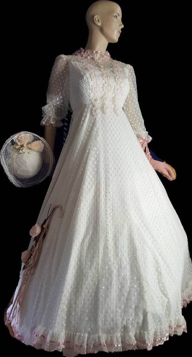 Southern Belle 50 S Wedding Gown With Hat Victorian Etsy