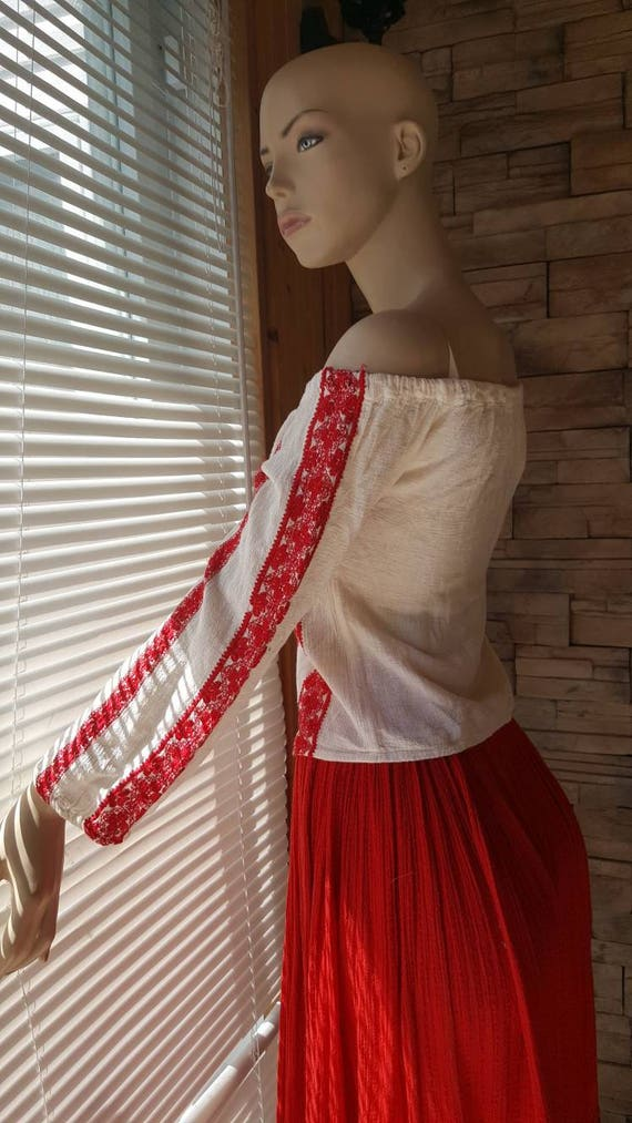 70s Embroidered Gauze cotton peasant blouse - image 2