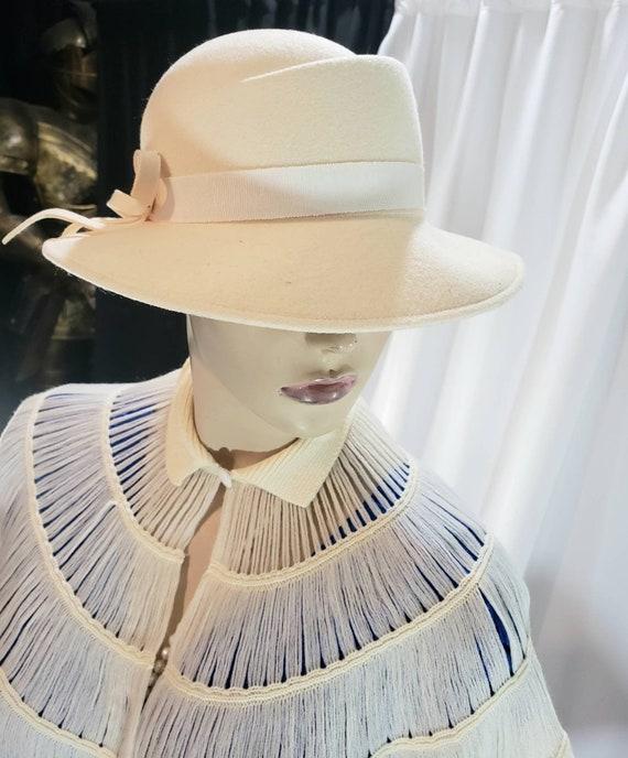 Ladies fedora felt hat