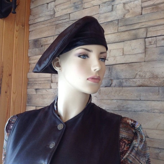 Brown leather medieval beret/steampunk