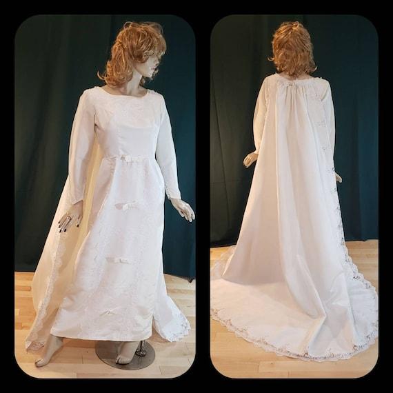 50s wedding dress/detachable train