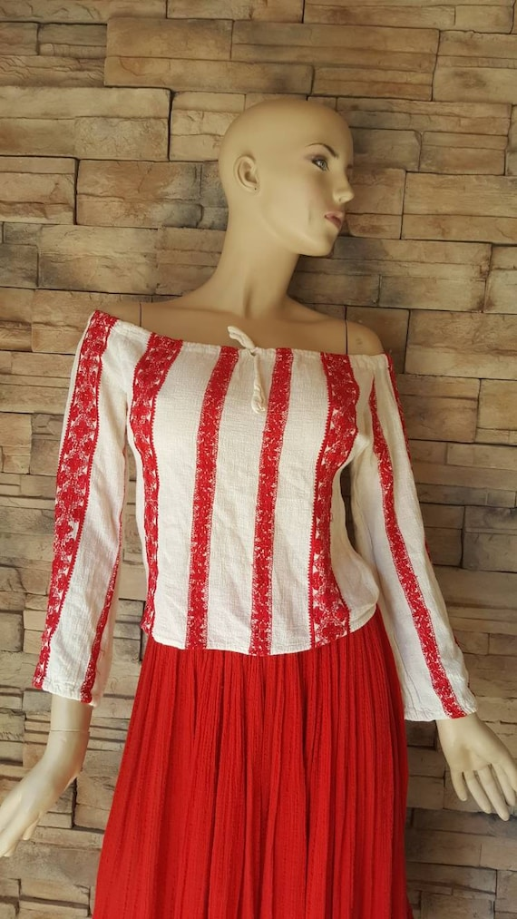 70s Embroidered Gauze cotton peasant blouse