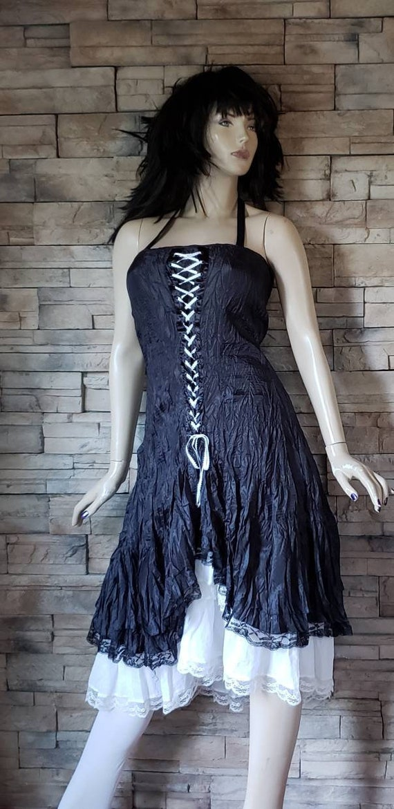 Gothic Lace Up Corset Wrinkle Dress - image 2