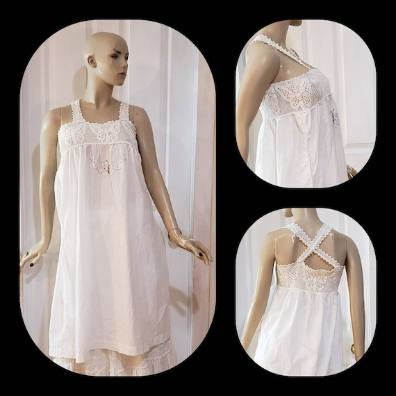 Crochet embroidered antique linen nightgown/Chemis