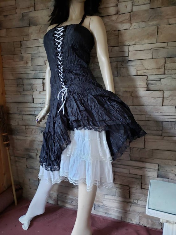 Gothic Lace Up Corset Wrinkle Dress - image 6
