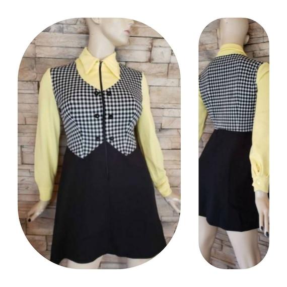 Retro Carhop Pinup girl Dress