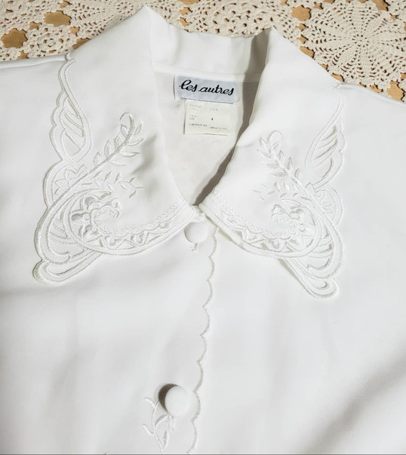 White Eyelet Lace Embroidered 70s Blouse - image 9