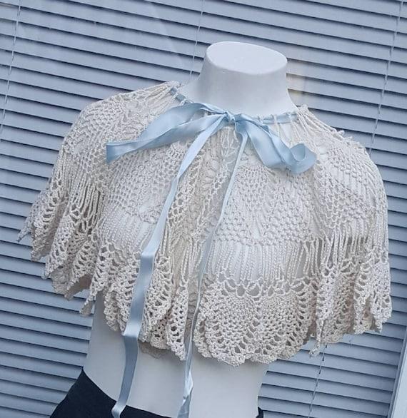 Crochet Capelet/short costume cape/Victorian/Edwar