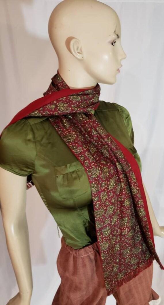 60s burgundy paisley print gentlemen scarf - image 4