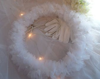 Shabby chic tulle wreath, pearls and paper white, 33cm