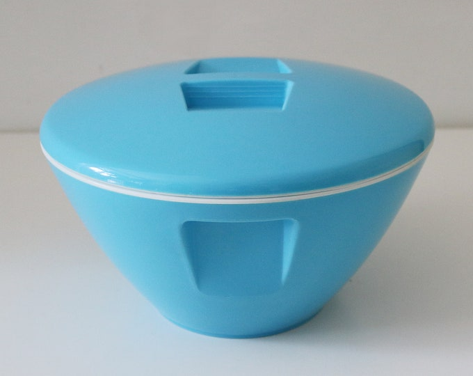 Fab mid century modern ice bucket in blue plastic - atomic shape