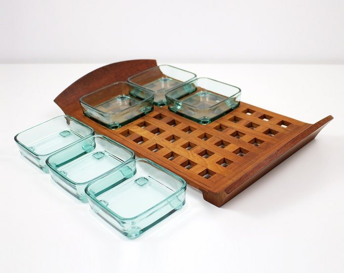 Jens Quistgaard Dansk Designs lattice teak and glass dish serving tray / platter / snack tray Signed JHQ mid century