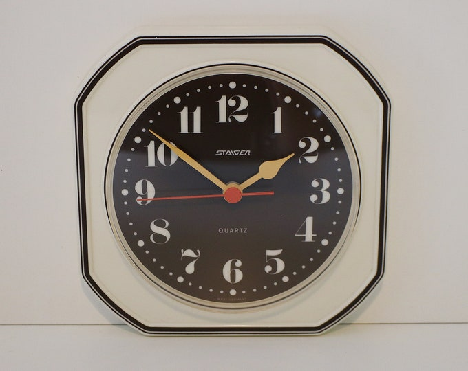 1970s West German modernist wall clock by Staiger - Quartz battery operated - cream and brown plastic orange and yellow detail