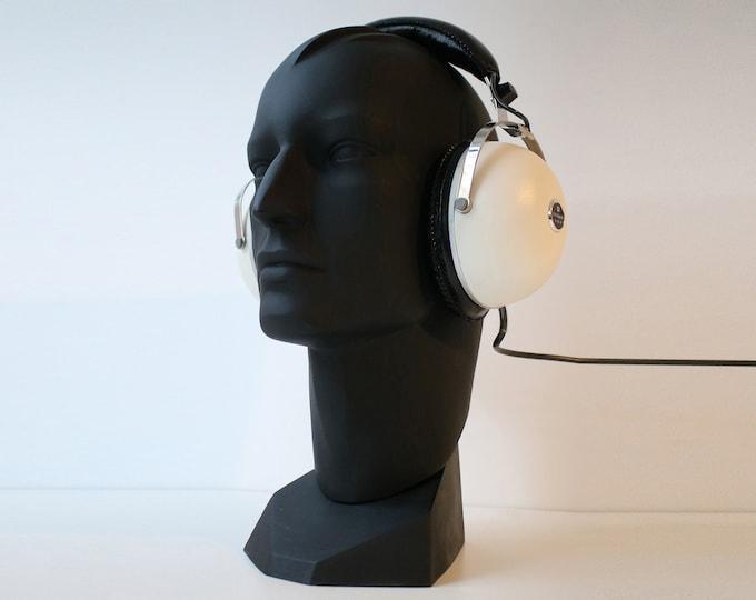 Vintage Pioneer SE-30 headphones 1970s space age stereo - 8 ohm