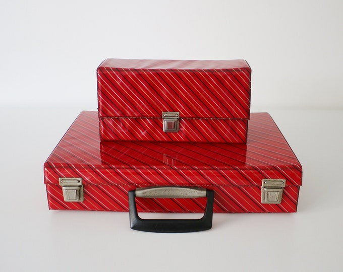 1980s cassette carry case / jewellery make-up document storage. Choice of 2 sizes
