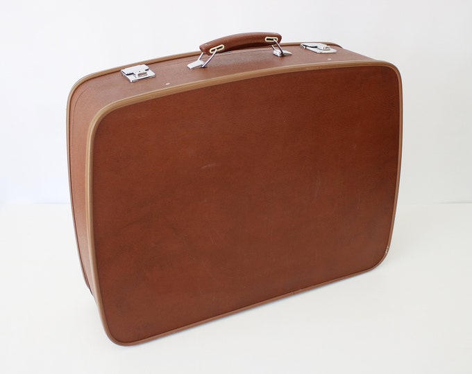 1960s 1970s Antler retro large hardshell suitcase / weekend case in brown