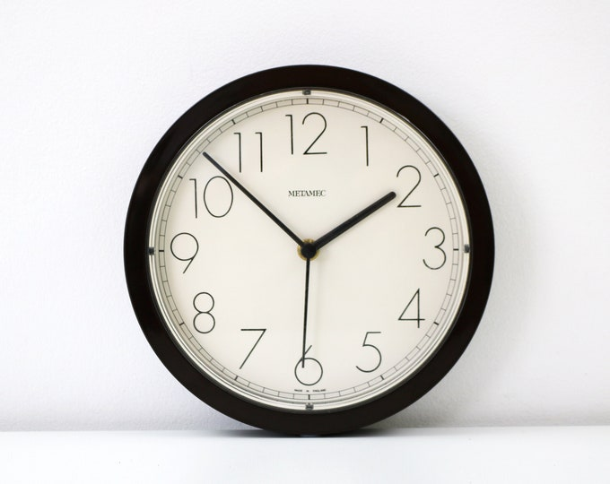 1970s 80s space age quartz wall clock by Metamec - brown surround white face - kitchen / office