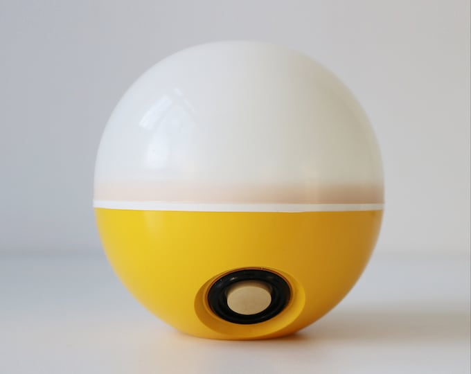 Space age Pifco glowing orb light - yellow plastic with optional green or orange light filters - hanging or table lamp