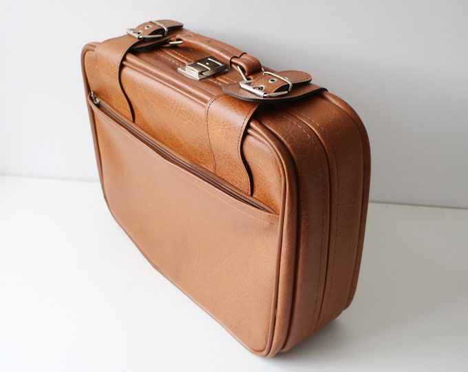 1960s suitcase / business trip case with space for documents - tan faux vinyl with fabric lining.