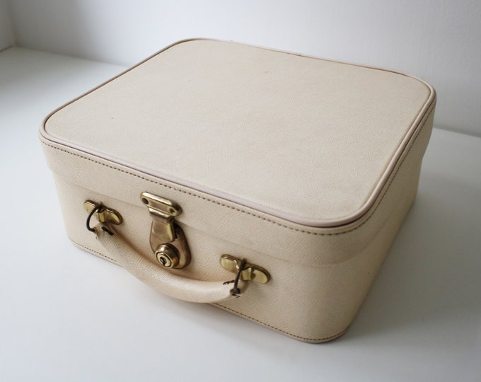 1960s cream overnight / vanity case with red satin lining by Pixie Suitcases - cabin bag makeup storage