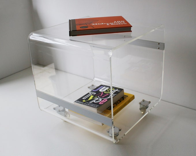 Space-age modernist Lucite / clear acrylic trolley - side table - coffee table