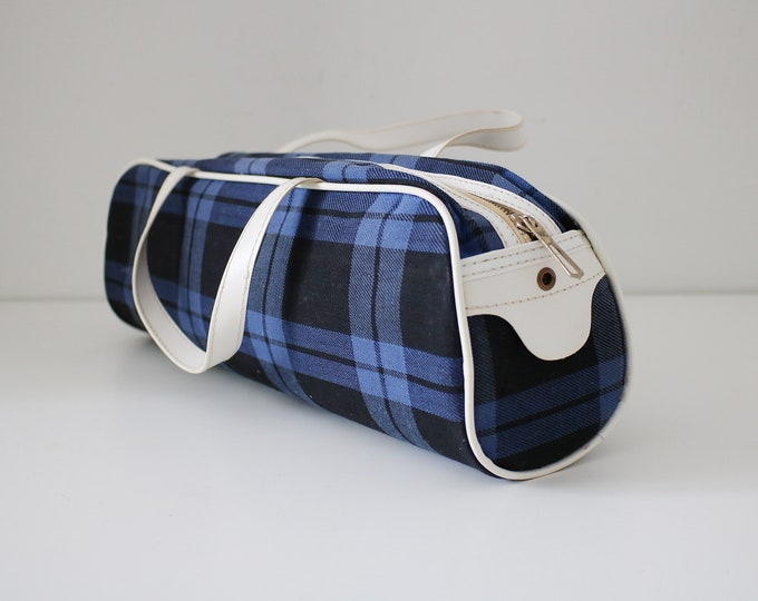 1960s 70s retro bag / knitting / needle / sewing storage blue tartan and white vinyl