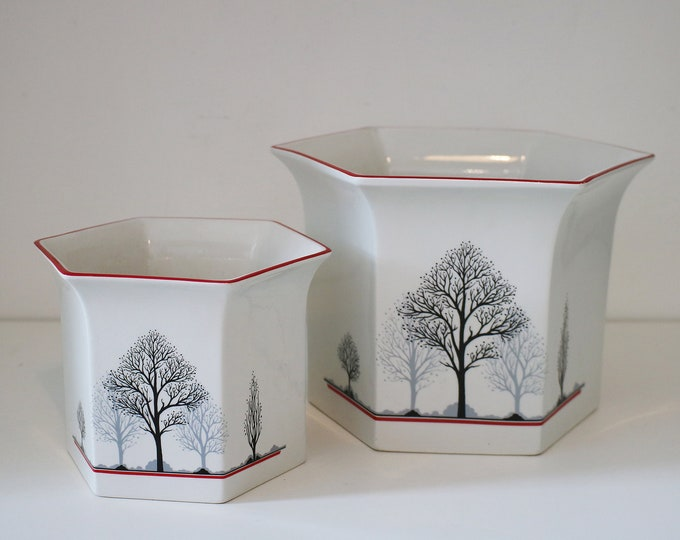 Pair of Royal Winton 1984 ceramic plant pot holders - Manhattan Trees hexagonal 1980s red, black and grey tree design