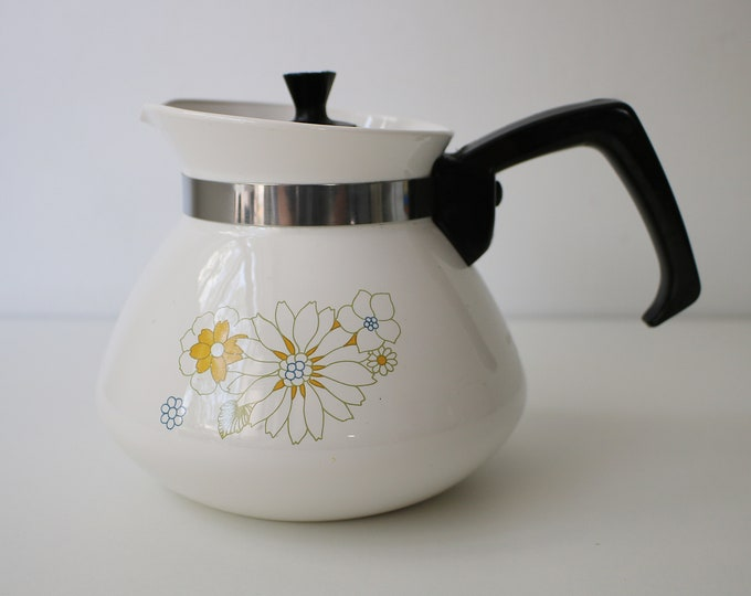 70s Corning Ware Pyroceram 6 cup stove top coffee pot / jug