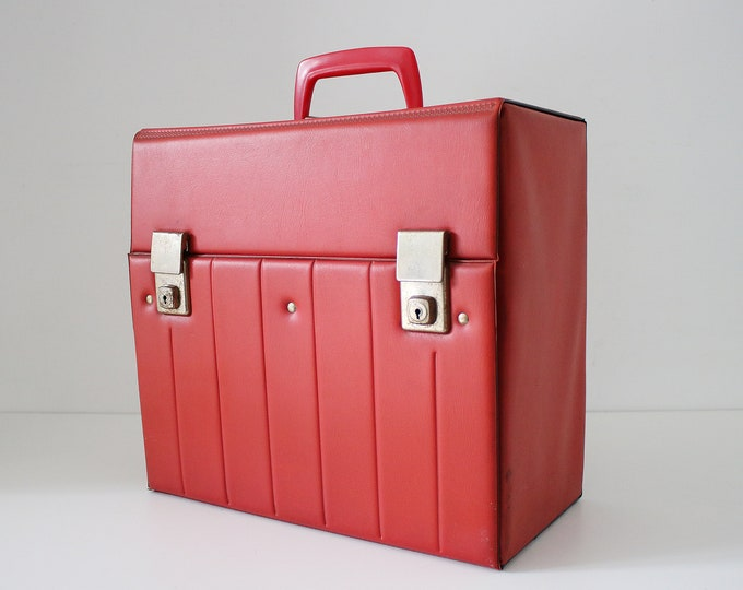 Rare late 70s / 80s record storage box / case in red vinyl. Padded ribbed feature design - modernist yuppie
