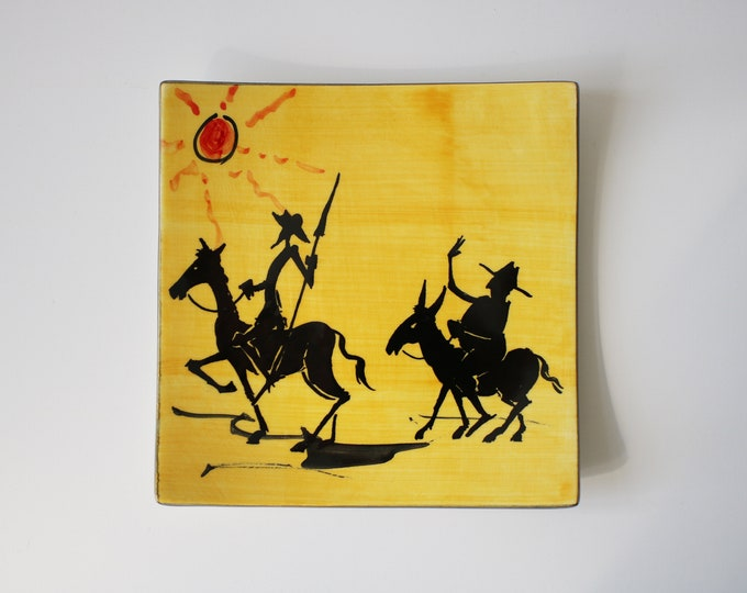 Rare flat dish / curved plate by ceramicist Joan Ramirez - Don Quixote and Sancho Panza