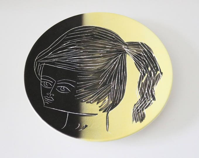 Rare large 1950s French Picasso style cubist wall plate by Michel Barbier Helene Ugo at Vallauris - free UK delivery