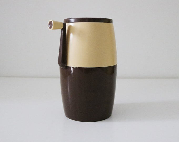 Italian Lillo ice crusher by PPL 1970s brown and cream plastic