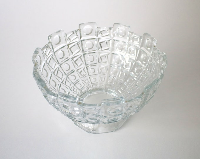 Mid century Czech modernist fruit bowl by Libochovice Glassworks - geometric abstract