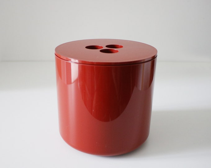 Deep red, plastic space age ice bucket by Crayonne for Habitat 1970s