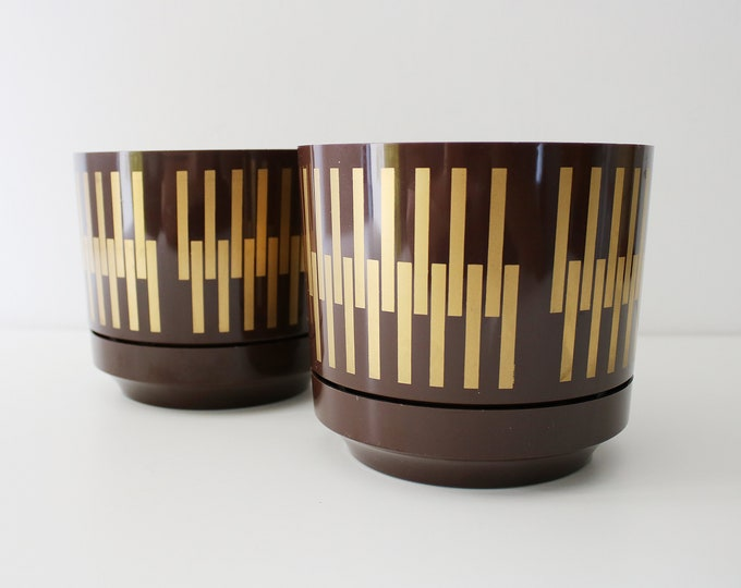 1970s pair of modernist plastic plant / flower pots with trays - brown and gold - Keith Newark England