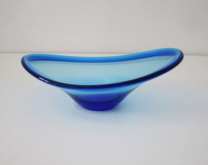 Mid century blue glass dish curved bowl - Murano style