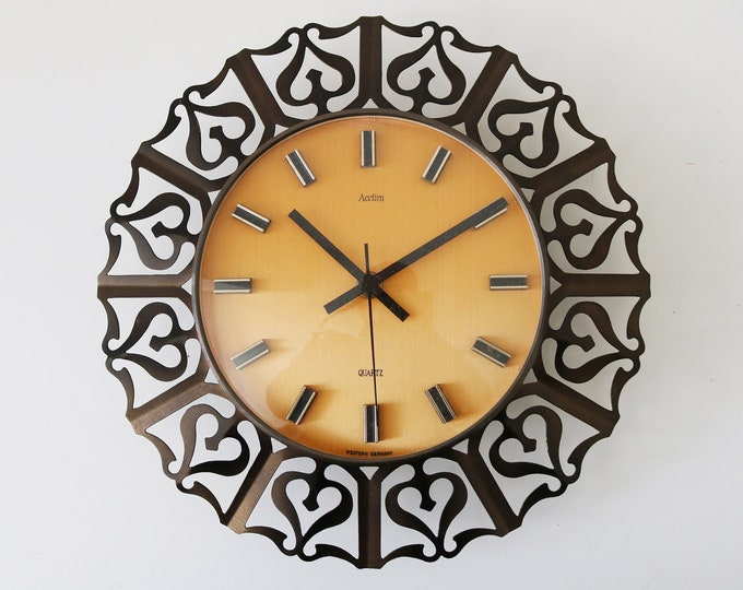 1960s West German wall clock by Acctim quartz battery operated working
