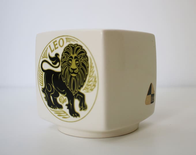 70s 80s Leo ceramic money box bank - Design Centre - by Broadstairs Potteries