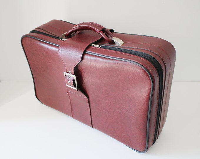60s /1970s deep red faux leather soft shell overnight suitcase / weekend bag / cabin bag
