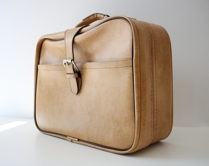 1970s beige soft shell suitcase in beige and brown